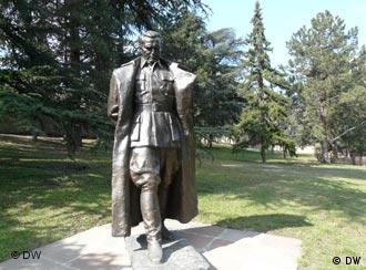 A life-size statue in the park of the Tito Museum in Belgrade.