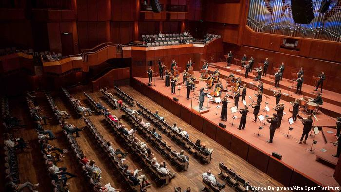 Audience and musicians spaced out at the The Alte Oper in Frankfurt