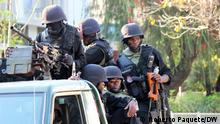 Place: Beira, Sofala Mozambique / Mosambik, 09/10/2015 Special forces of the Police of the Republic of Mozambique, after their assault on the home of the Renamo leader Afonso Dhlakama in the Palmeiras neighborhood in the city of Beira in Sofala. The Unidade de Intervenção Rápida (UIR) is know to be the military wing of the police and is combating the terrorist insurgents in the northern Cabo Delgado province together with the army. via Johannes Beck, 0.10.2020 Roberto Paquete hat im Auftrag von DW fotografiert. (c) Roberto Paquete/DW