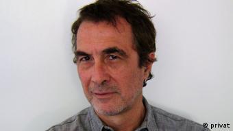 Rubén Lo Vuolo, economista, Presidente de la Red Argentina de Ingreso Ciudadano e investigador del Centro Interdisciplinario para el Estudio de Políticas Públicas.