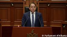 Albanien | Parlament | Oliver Varhelyi