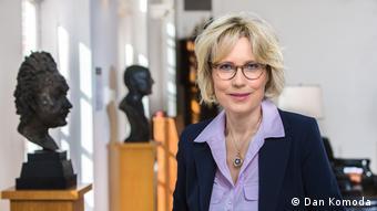Karina Urbach, Autorin von Das Buch Alice