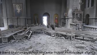 разрушенная церковь в Шуше