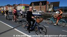 Dänemark | Kopenhagen | Menschen auf Fahrad