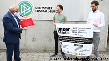 Fan-Initiative übergibt Erklärung an DFB