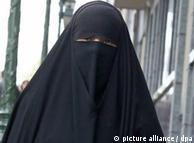 Забраната едва ли ще спомогне интеграцията на мюсюлманите