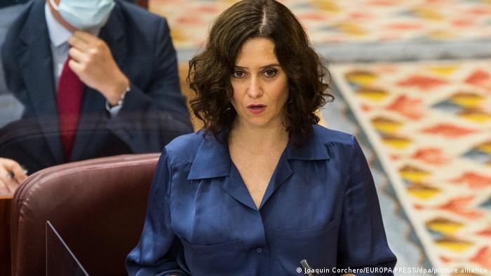 Spanien Coronavirus | Präsidentin der Regionalregierung von Madrid Isabel Diaz Ayuso (Joaquin Corchero/EUROPA PRESS/dpa/picture-alliance)