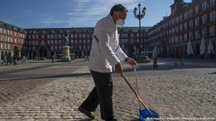 Spanien Coronavirus | Innenstadt in Madrid (Manu Fernandez/AP Photo/picture-alliance)
