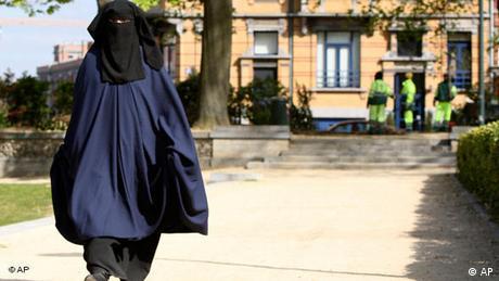 Burka in Belgien Flash-Galerie