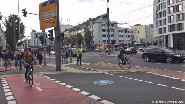 Jalan khusus sepeda di kota Bonn