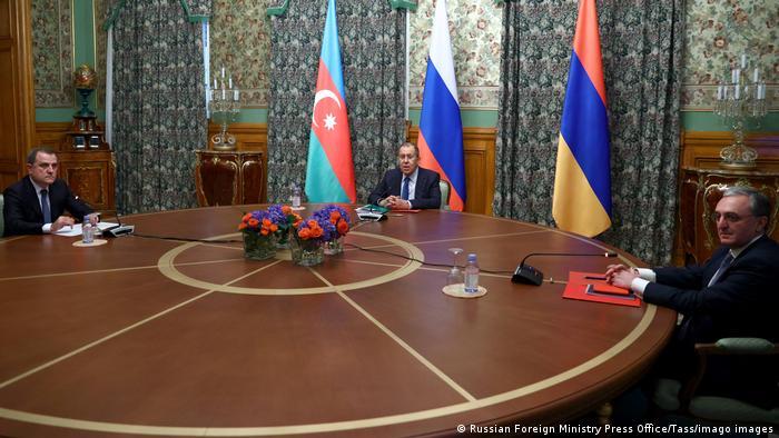 Moskau Gespräche zwischen Armenien und Aserbaidschan über Berg-Karabach | Außenminister (Russian Foreign Ministry Press Office/Tass/imago images)