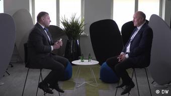 Март Хельме дает интервью Константину Эггерту