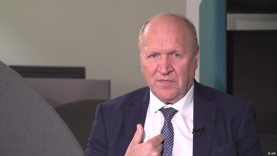 Estonian president slams interior minister over homophobic interview