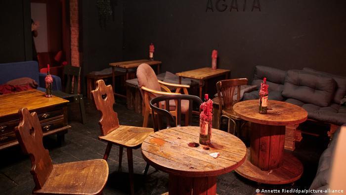 Berlin'de en az 31 Ekim'e kadar 23.00-06.00 saatleri arasında restoran ve barlar kapalı kalacak