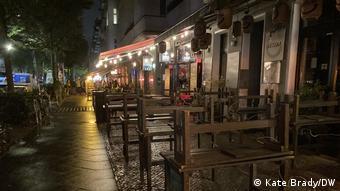 Κλειστά πλέον μπαρ και εστιατόρια στο Βερολίνο μεταξύ 11 το βράδυ και 6 το πρωί