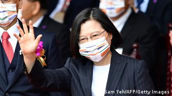 Taiwan | Nationalfeiertag in Taipei | Präsidentin Tsai Ing-wen (Sam Yeh/AFP/Getty Images)