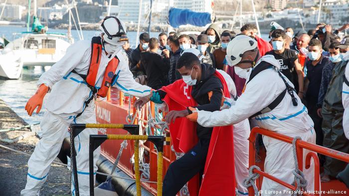 Migrants arrive in Gran Canaria