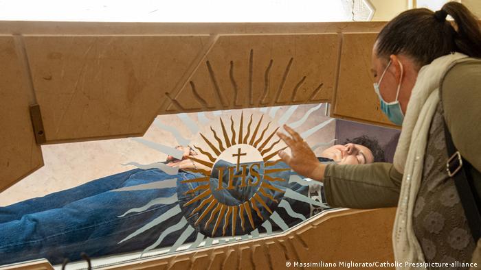 Italien Assisi | Heiligsprechung Carlo Acutis (Massimiliano Migliorato/Catholic Press/picture-alliance)