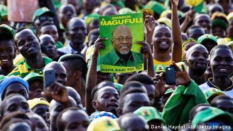 Supporters of Tanzania's ruling party at a rally