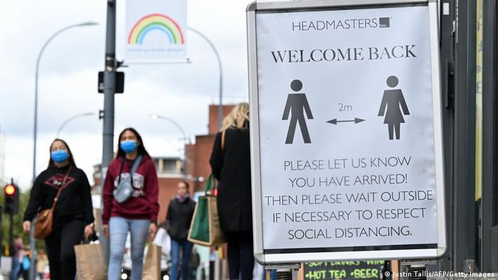 A sign promoting social distancing in London (Justin Tallis/AFP/Getty Images)