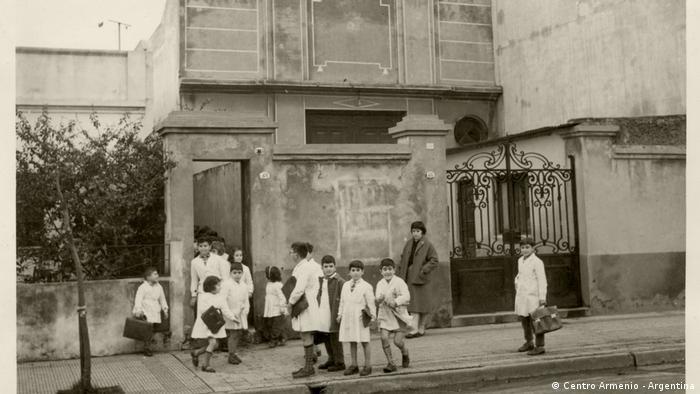Esta escuela primaria en Buenos Aires fue una de las primeras escuelas armenias.