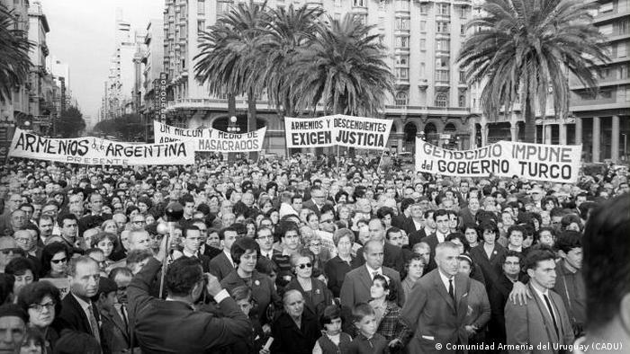 La colonia armenia en Uruguay es de unos 15 mil miembros, una de las mayores del país sudamericano, donde recibió un temprano apoyo político.