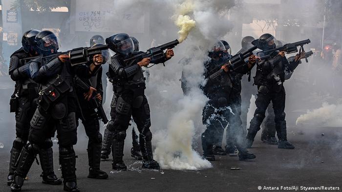 Indonesien Proteste 5 (Antara Foto/Aji Styawan/Reuters)