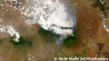 Tansania Feuer auf dem Kilimandscharo