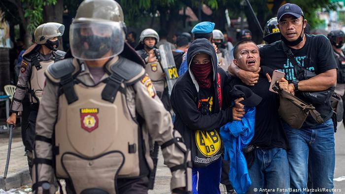 Indonesien Proteste 10 (Antara Foto/Basri Marzuki/Reuters )