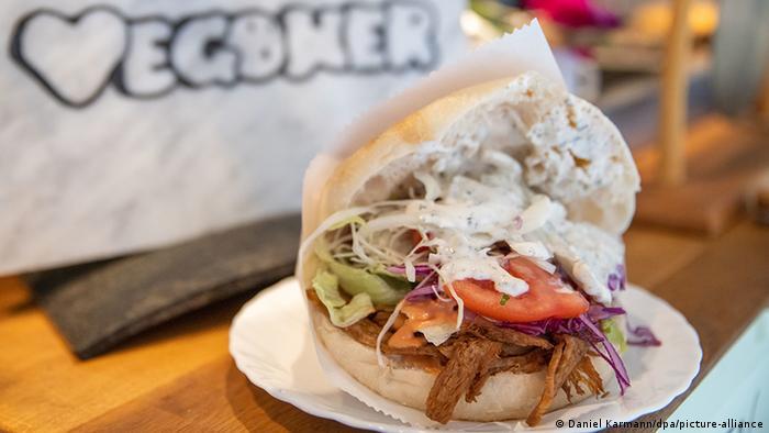 Imbiss für vegane Burger, Dürüm und Döner