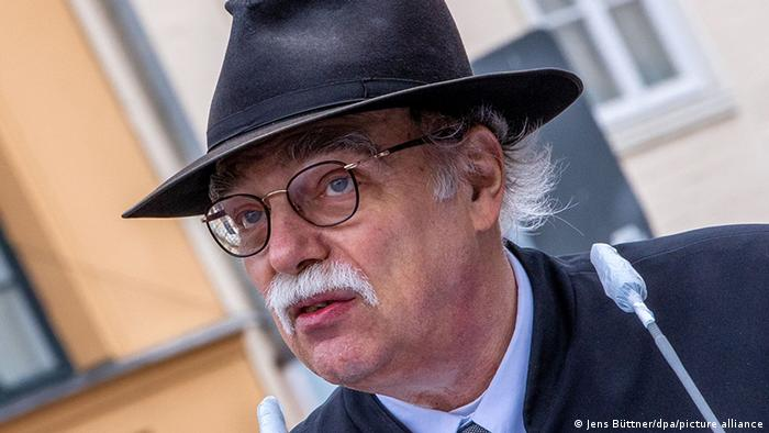 أندرياس نخاما هو مؤرخ وناشر وحاخام وهو حاليا رئيس مؤتمر الحاخامات العام في المانيا.