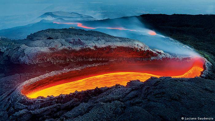 Lava flows brightly on the southern side of Mt. Etna in Sicily (Luciano Gaudenzio)
