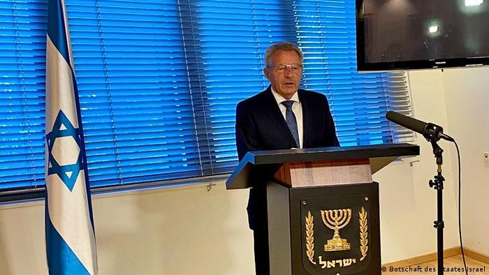Berlin Botschaft Israel | Ehrung Julius von Jan