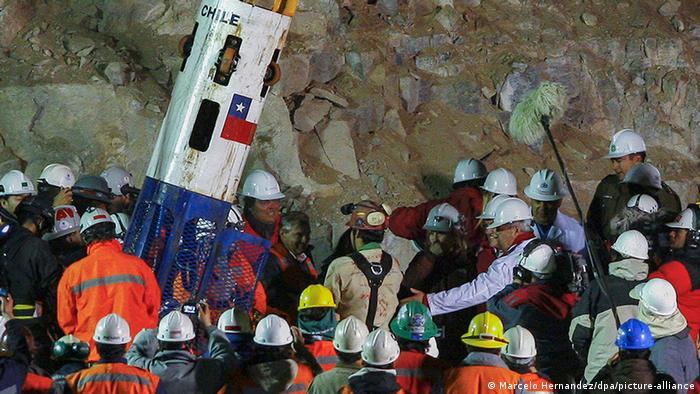 Mineros rescatados en Chile en 2010.