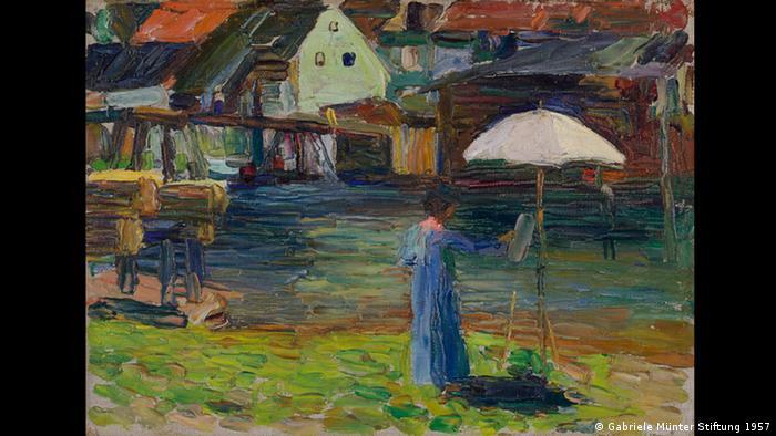 Das Gemälde Kandinskys zeigt Gabriele Münter an der Staffelei stehend. (Gabriele Münter Stiftung 1957)