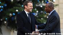 Frankreich Emmanuel Macron trifft Guineas Präsident Alpha Condé in Paris