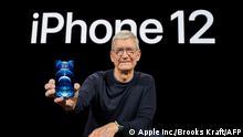 Tim Cook präsentiert iPhone 12