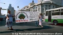 Mexiko | Indígenas fordern Rückgabe | Federkrone Montezumas