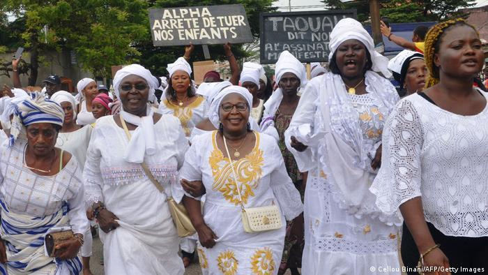 Malgré leur sous-représentation en politique, les femmes guinéennes n'hésitent parfois pas à descendre dans la rue, comme ici en octobre 2019