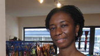Die Schriftstellerin Sefi Atta in Lagos (Foto: DW)