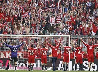 Die Bayern feiern den 22. Meistertitel der Vereinsgeschichte. (Foto: AP)
