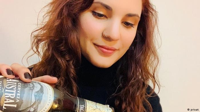 Natalia Urzúa, sommelier chilena de cerveza.
