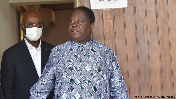 L'ancien président ivoirien Henri Konan Bédié a déposé sa candidature à la présidentielle du 31 octobre