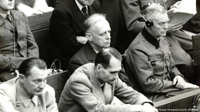 Senior Nazi leaders in the courtroom (Keystone Archives/Heritage-Imags/picture-alliance)