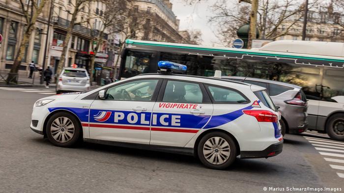 Машина французской полиции