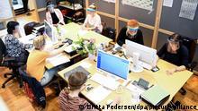 Deutschland Mitarbeiter zur Ermittlung von Coronavirus-Kontaktpersonen