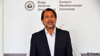 Ahmet Sözen Türkiye'nin müdahalesini çok bariz olarak gördüklerini belirtiyor.