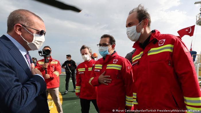 Erdogan on board the Fatih in the Black Sea