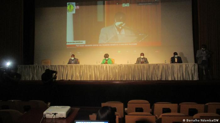 Assembleia-geral extraordinária da ORMED realizada no sábado passado (17.10), em Luanda