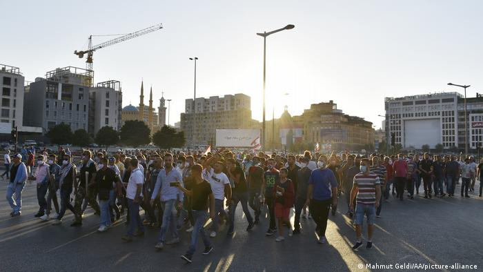 Protests in Lebanon (Mahmut Geldi/AA/picture-alliance )